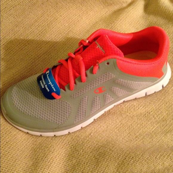 3f40b80d25cec 🔥Last Chance🔥NWT Champion Sneakers Size 8